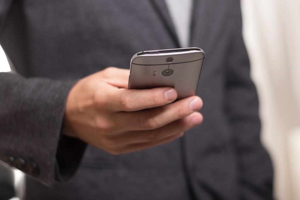 """Drogi Kliencie! Ciebie też dotyczy """"rewolucja mobilna"""""""